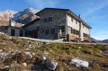 Esterno rifugio Capanna 2000 bg