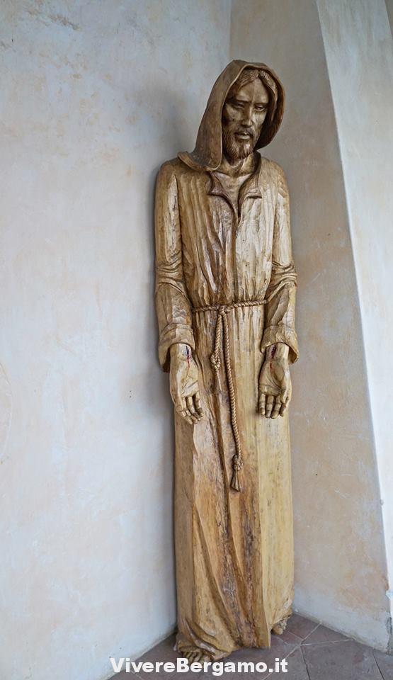 Statue Santuario Santissima Trinità Parre