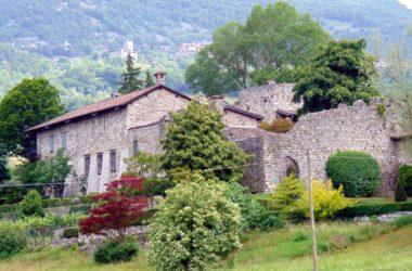 Foto Castello di Monasterolo al Castello