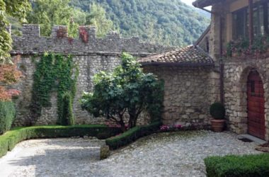 Interno Castello di Monasterolo al Castello