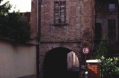 Torre di via Castello - Covo