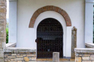 Esterno Chiesa dei morti della peste - Bagnatica