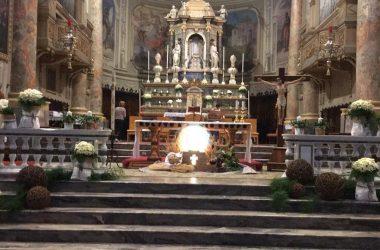 Altare della Parrocchia San Fedele Martire a Calusco d'Adda