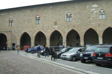 Antica Piazza Cittadella Bergamo