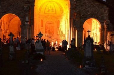 Basilica Santa Giulia illuminata Bonate Sotto