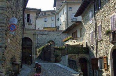 Borgo storico Castello di Costa di Mezzate