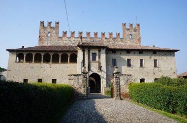 Castello di Malpaga Cavernago copia