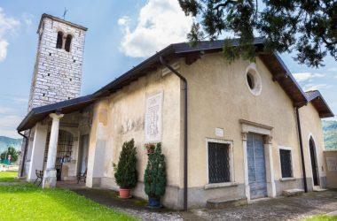 Esterno Chiesa di San Giorgio in Campis Zandobbio