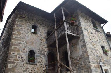 Foto Casa di Arlecchino - Oneta San Giovanni Bianco