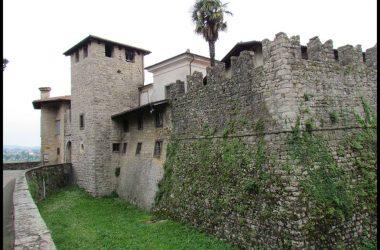 Foto Castello Conti di Calepio - Castelli Calepio