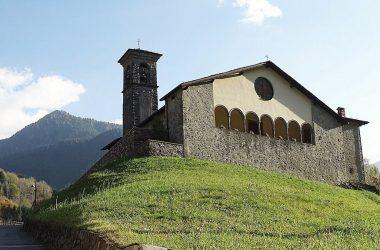 Gandellino La chiesa Natività di Maria