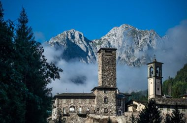 Gromo - Castello Ginami e Chiesa di san Gregorio