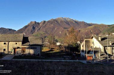 Il Resegone (cresta sud) visto da Arnosto di Fuipiano