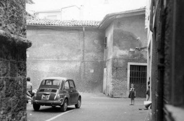 Imbocco di Via San Michele Leffe
