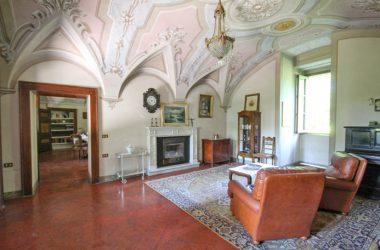 Interno Castello Lupi - Cenate Sotto