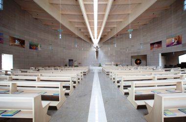 Interno Chiesa Moderna Grassobbio