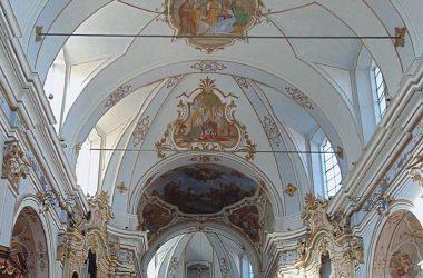 Interno Chiesa parrocchiale dell'Annunciazione Gandosso