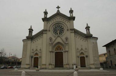 La Chiesa Prepositurale del Sacro Cuore di Gesù - Bonate Sotto