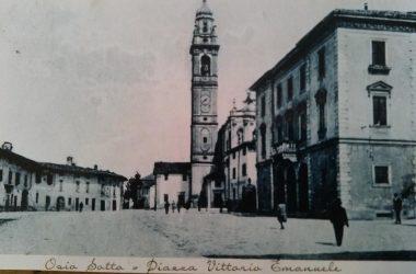 Osio Sotto anni 30 la piazza Vittorio emanuele