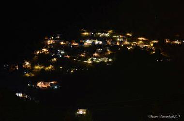 Paese di Zorzone - Oltre il Colle