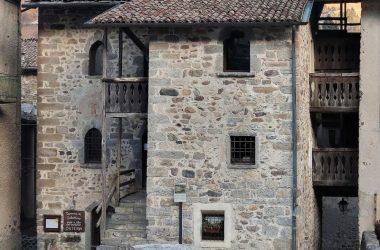 Palazzo Grataroli Casa di Arlecchino - Oneta San Giovanni Bianco