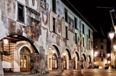 Palazzo Piazza Orologio Clusone