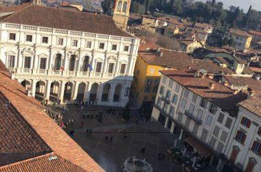 Piazza Vecchia dal Campanone Bergamo