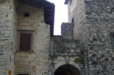 Portone Castello Conti di Calepio - Castelli Calepio