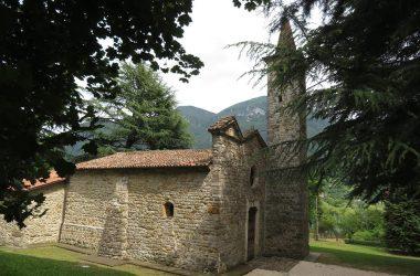 Spinone al lago Chiesa di San Pietro