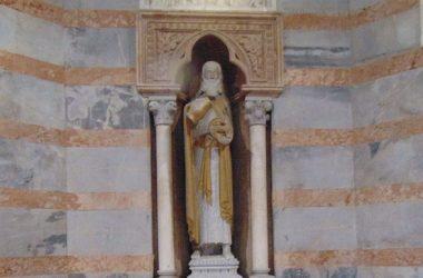 Statua Battistero della Cattedrale - Bergamo
