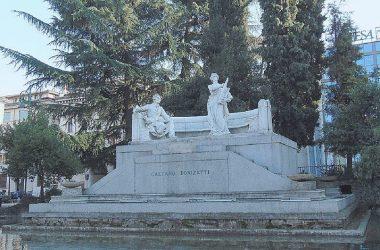 monumento a Gaetano Donizetti, Bergamo